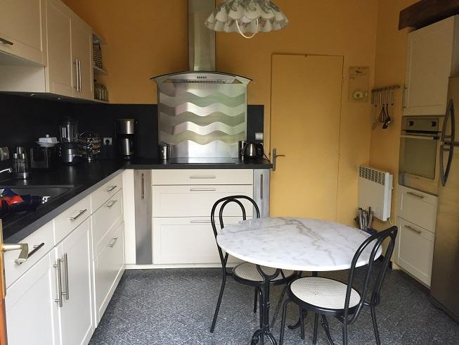 7-cuisine-maison-a-vendre-reuilly